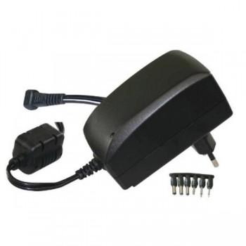 ADAPTADOR DE CORRIENTE DE 3V A 12V HASTA 2,25 AMP INCLUYE 6 CONECTORES + 3 USB